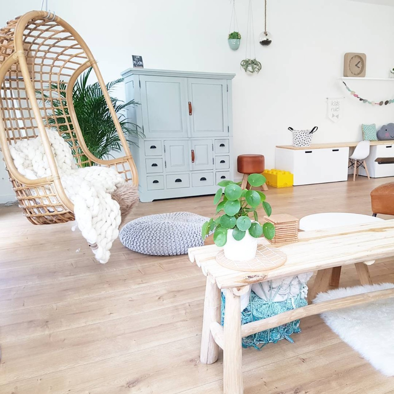 Hk Living Hangstoel Buiten.Mooie Witte Hangstoel Egg Hangstoel Cocoon Relax Wit Hangstoelen
